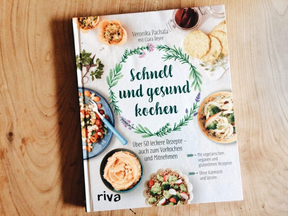 """Kochbuch-Tipp """"Schnell und gesund essen"""" (von Veronika Pachala) & Vegetarisches Süßkartoffelcurry"""